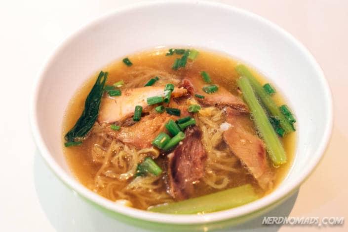 Bangkok, Thái Lan Noodle_Soup_Sawang-705x471
