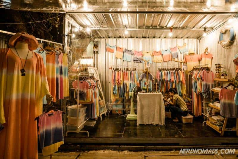 Cool batik clothes are sold at Artbox Bangkok