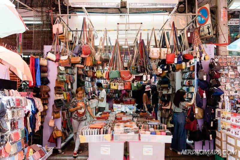 No shortage of handbags at Sampeng Market