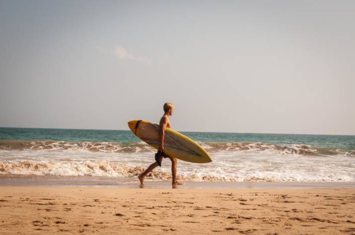 One of the many things to do in Sri Lanka - Surfing