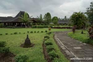Manohara Hotel Borobudur