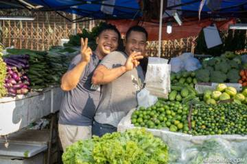 Friendly vendors at Bazar Chow Kit Baru
