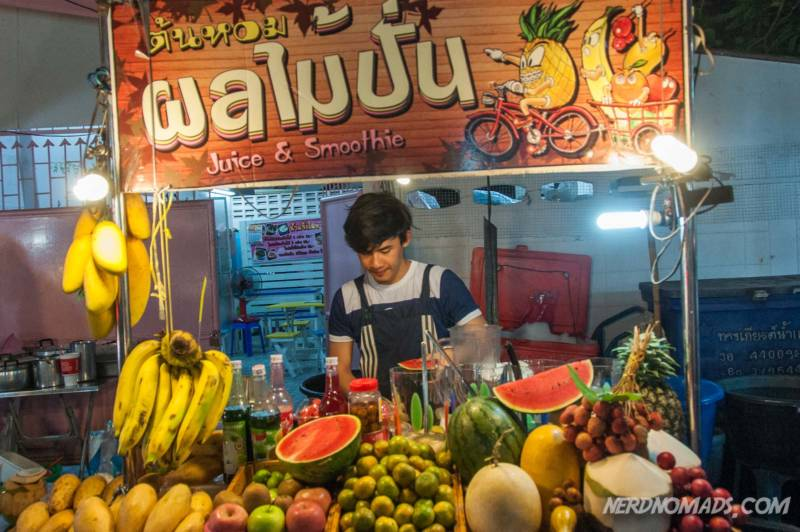 Fruit seller Bangkok