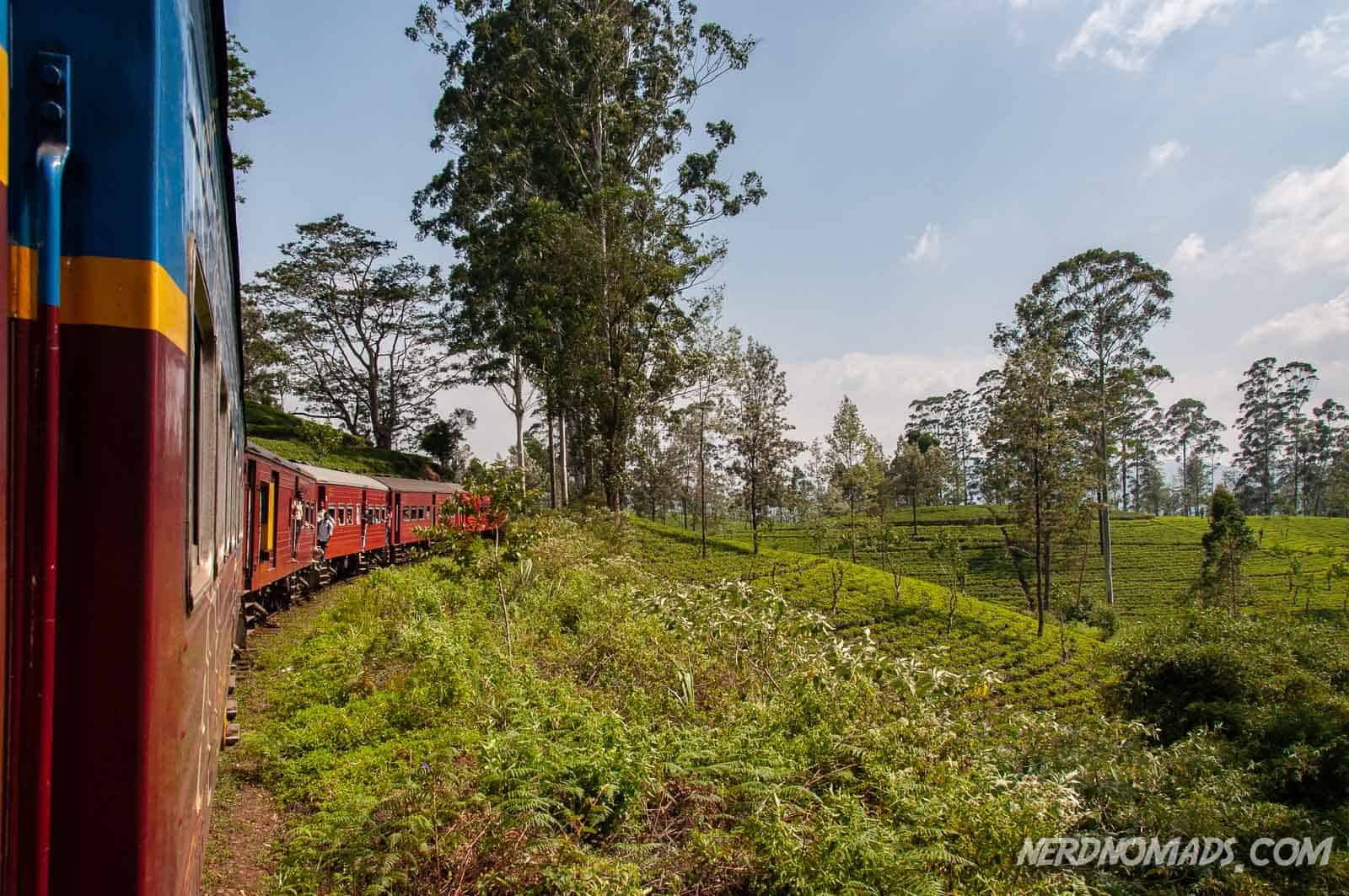 The Ultimate Guide To Getting Around Sri Lanka - Nerd Nomads