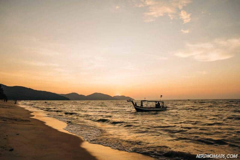 Sunset av Batu Ferringhi Beach