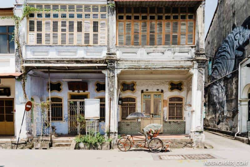 Old shophouses in George Toqn