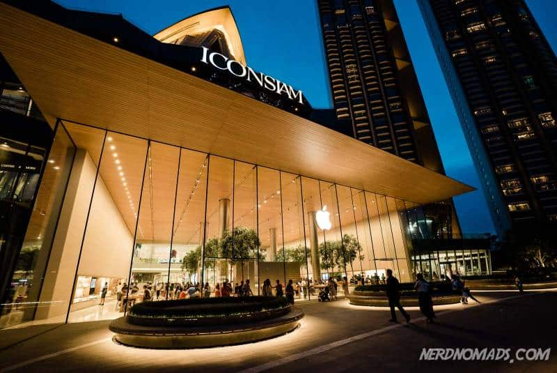 The only Apple store in Thailand is located in IconSiam shopping mall in Bangkok