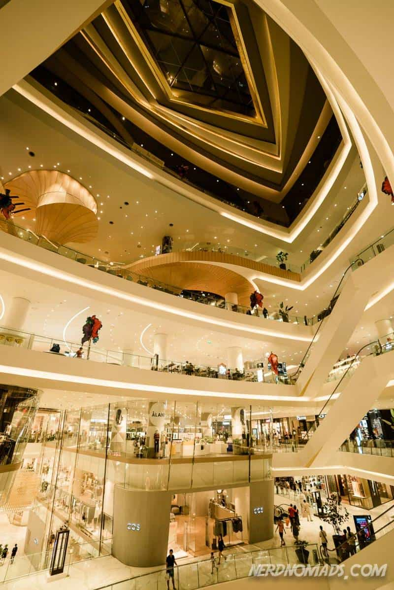 IconSiam is a huge and modern shopping mall in Bangkok