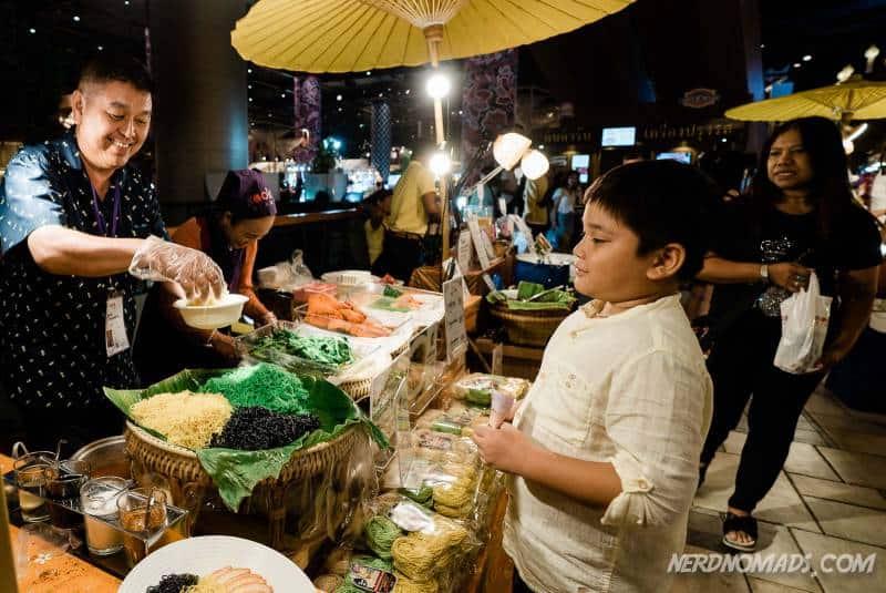A noodle stall at IconSiam Bangkok