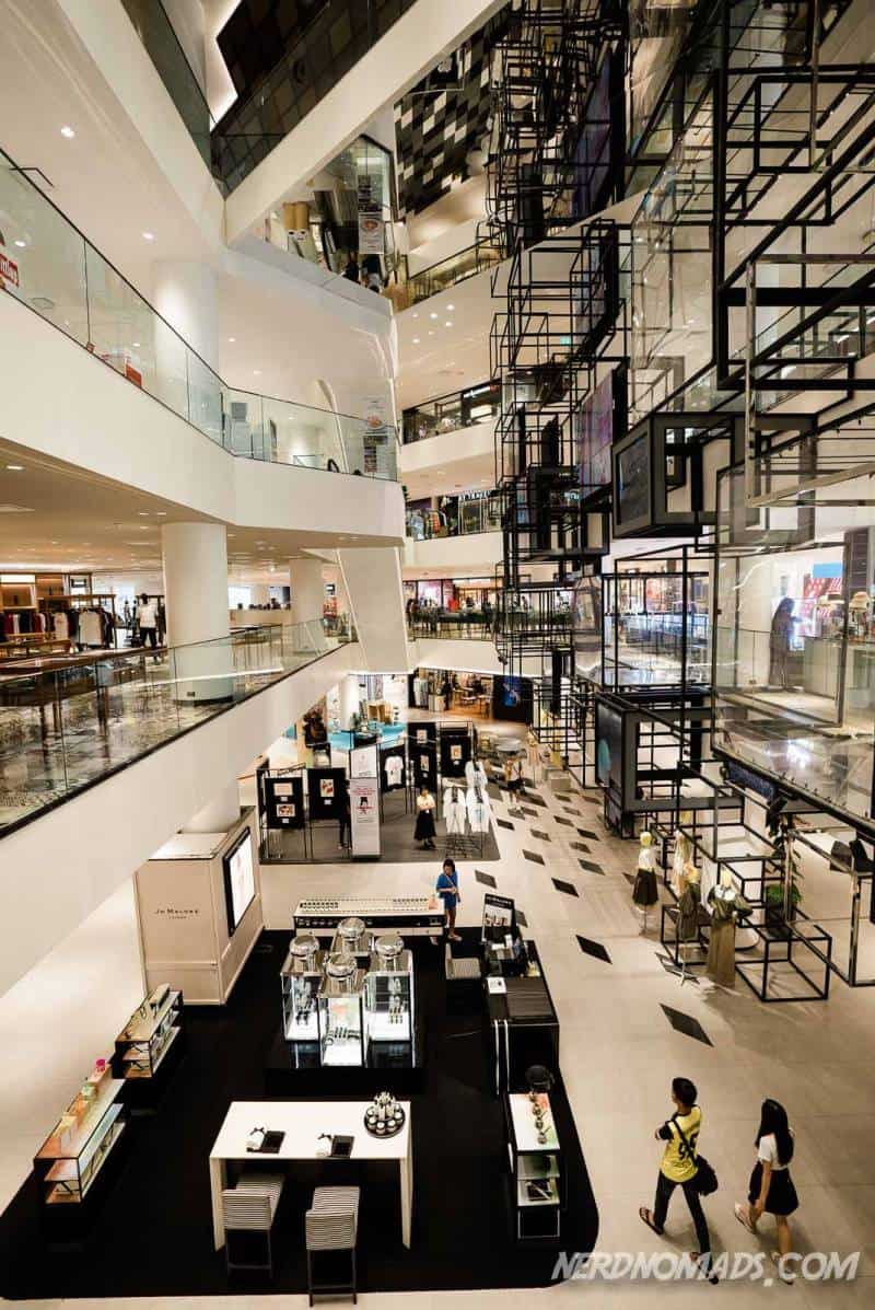 Siam Discovery mall in Bangkok has an open-air kind of design with no walls