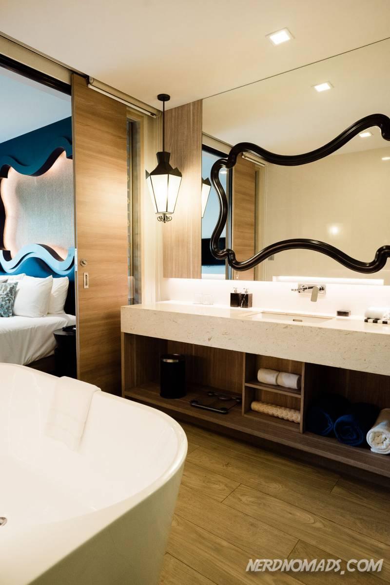 The beautiful bathroom at Avista Grande Phuket Karon Hotel