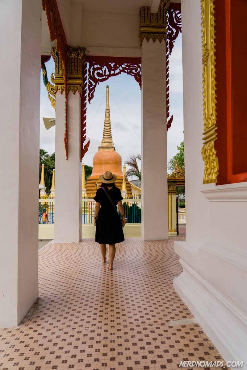 Wat Mongkol Nimit stupa