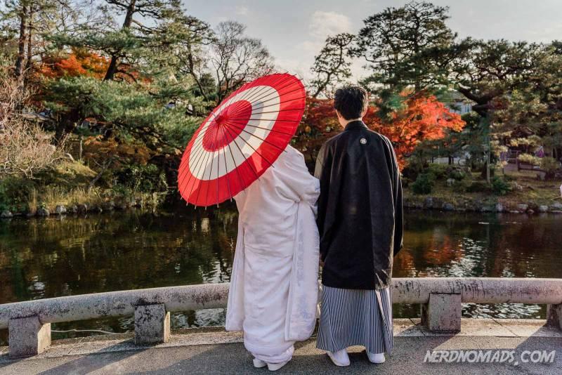 Maruyama Park in Kyoto is popular for wedding photos