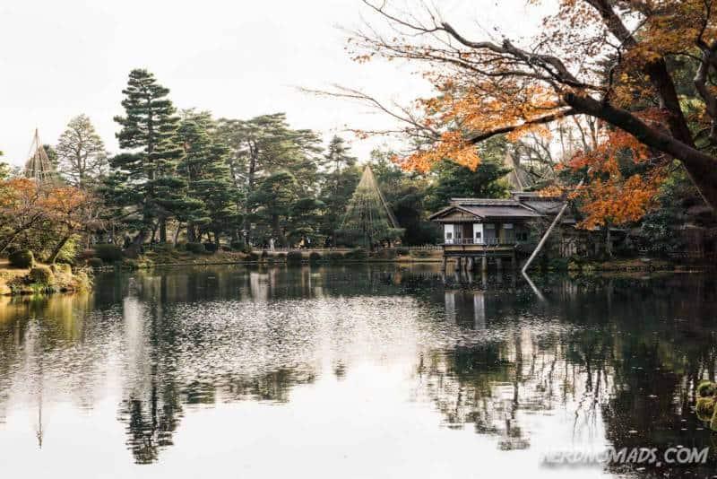 Autumn leaves in Kenrokuen Garden, Kanazawa