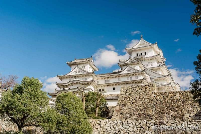 fan curved stone walls at Himeji Castle