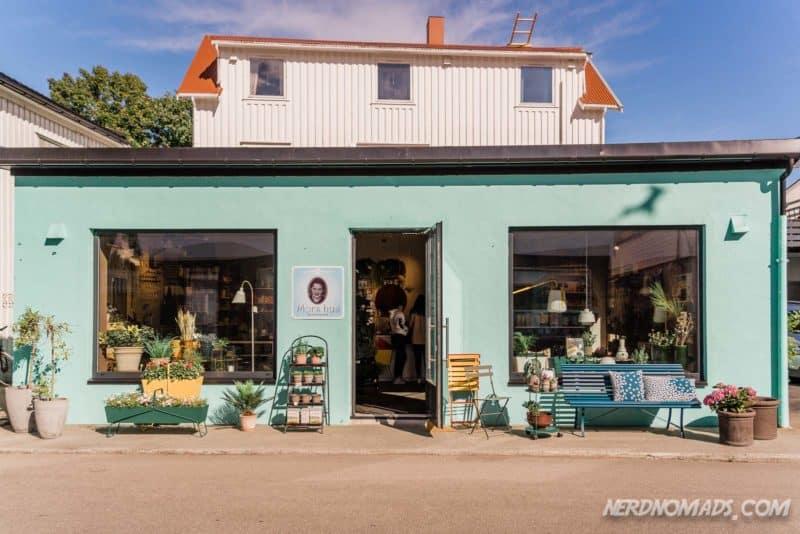 Mors Hus shop in Henningsvaer Lofoten