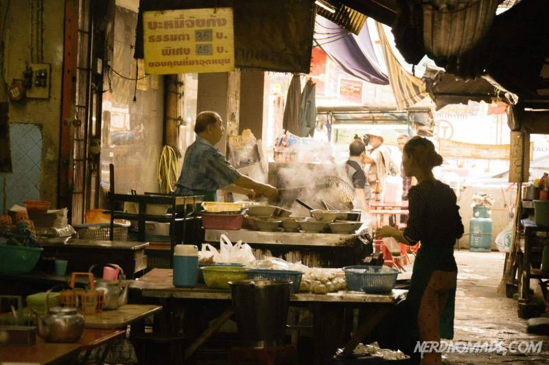 Street food cooking in the narrow alleys of Chinatown, Bangkok