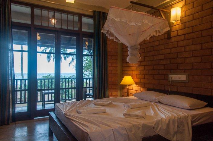 Review of serein beach hotel tangalla sri lanka for Door window design sri lanka