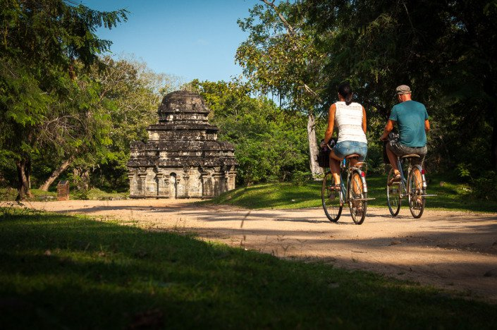 Exploring the temples of Polonnaruwa on bicycle