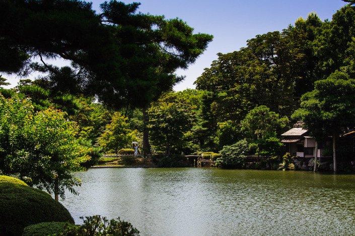 Pond Kenroku-en Garden Kanazawa